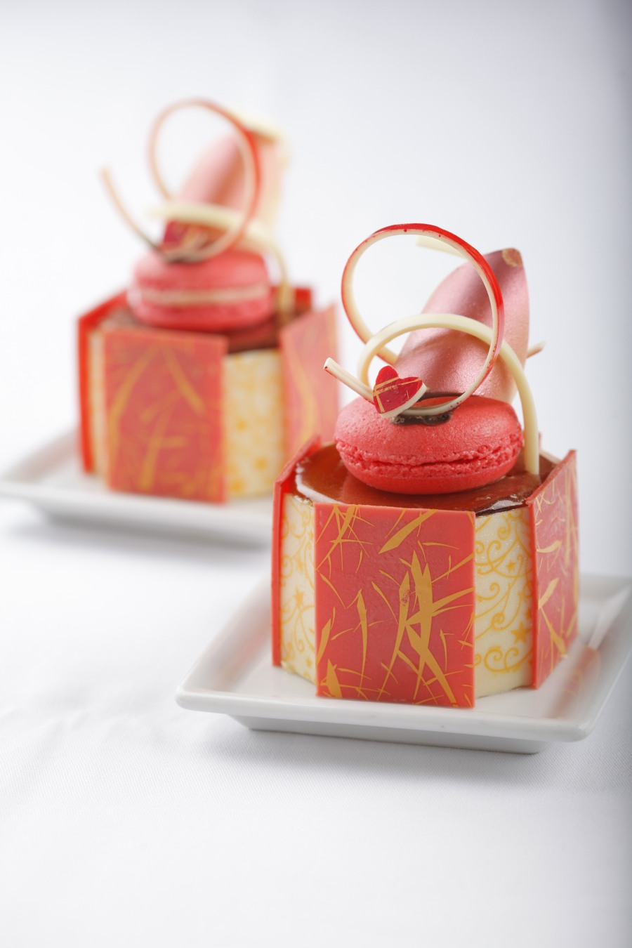 Caramel Mango Cake